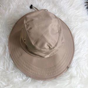 Gold Coast sunwear unisex bucket brim hat sm/med
